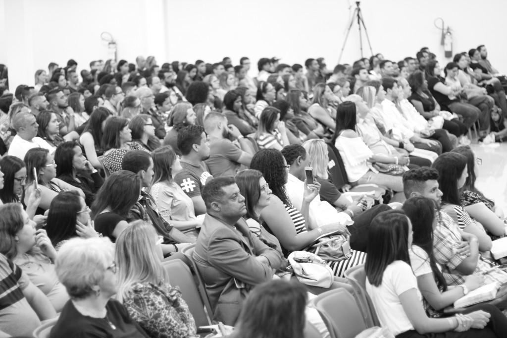 Pr. Claudio Duarte e Junior Neguebe - Congresso de Jovens 2017