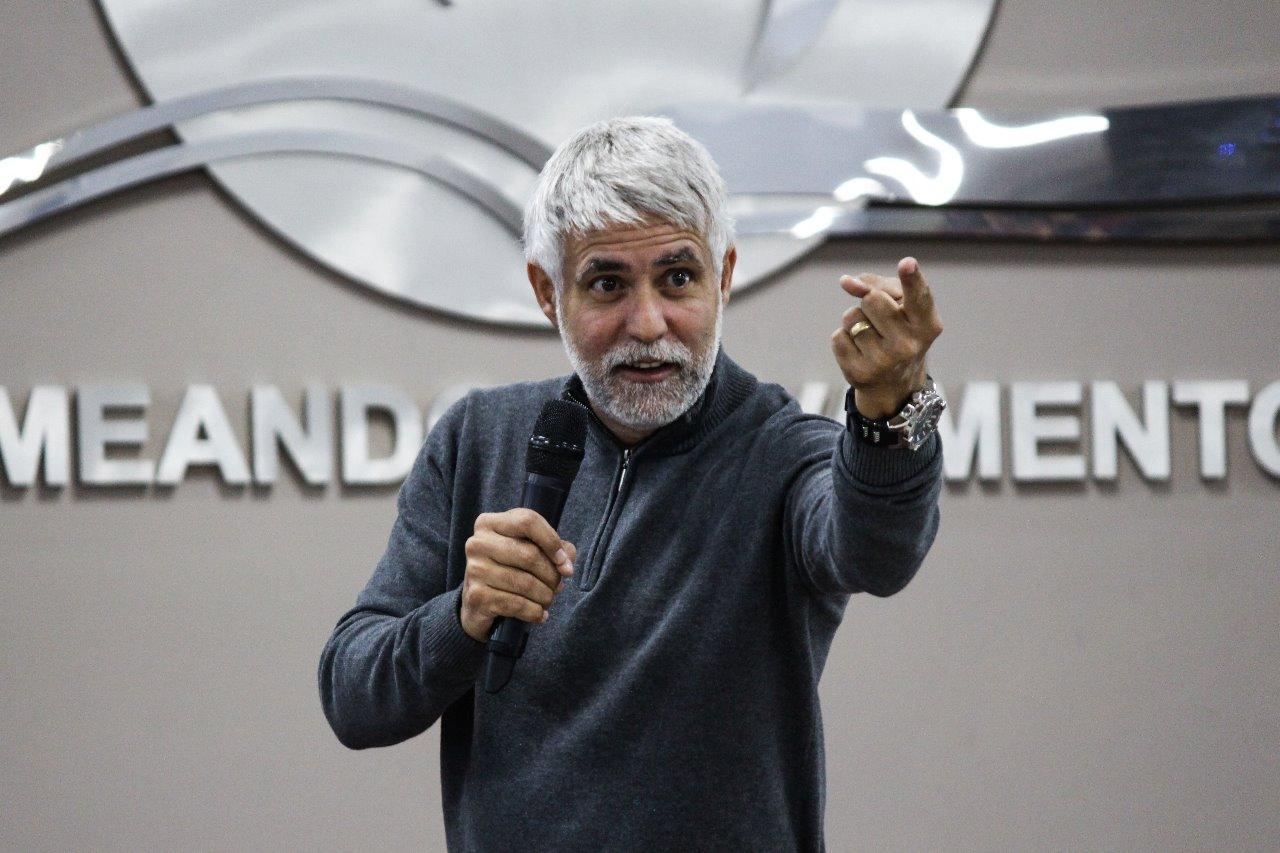 3� Dia - Confer�ncia Serra Em Chamas - Cl�udio Duarte e J�nior Neguebe